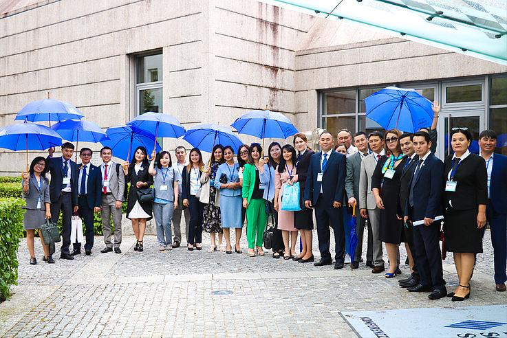 Стипендиаты и партнеры Фонда во время визита в Германию