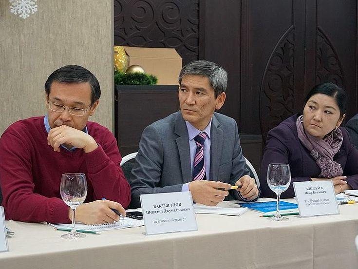 Teilnehmer des Runden Tisches
