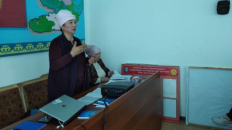 """Im Landkreis  Aksy fand ein Mikrotraining zum Thema """"Behandlung von Rechtsverletzungen durch lokale Selbstverwaltungsorgane"""" statt"""